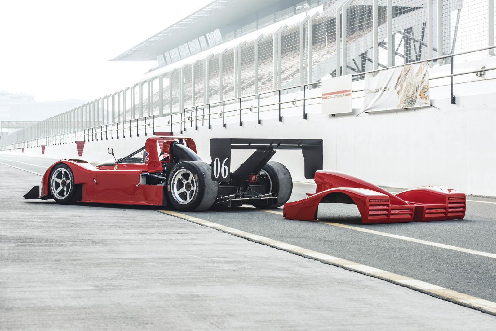 Foto de Ferrari 333 SP de 1994, a subasta (17/24)