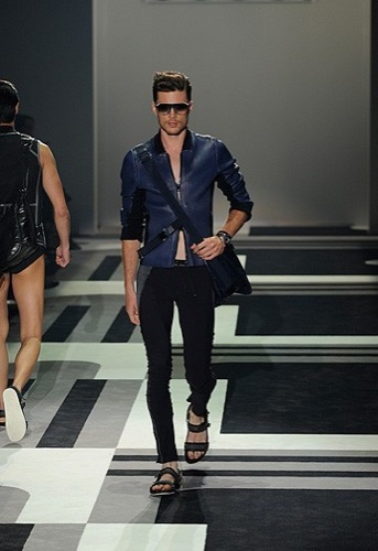 Gucci, Primavera-Verano 2010 en la Semana de la Moda de Milán V