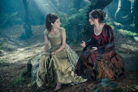 Anna Kendrick y Emily Blunt en Into The Woods