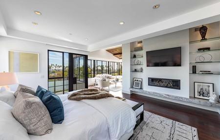 Rihanna Casa Alquiler Hollywood Hills 04