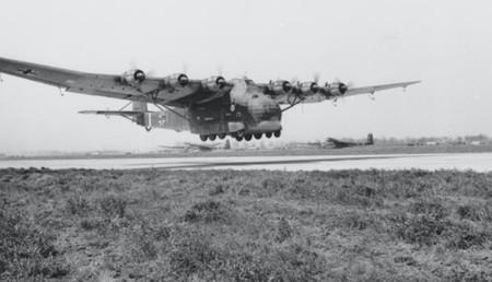 Messerschmitt Me 323: el descomunal avión que intentó transportar los tanques del ejército alemán sin éxito alguno