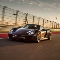 Video: Padre e hijo  se enfrentan en un 1/4 de milla con el Porsche 918 Spyder y el Ferrari LaFerrari