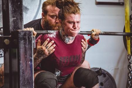 Más fuerza en 2019: te enseñamos a organizar una rutina de fuerza en el gimnasio