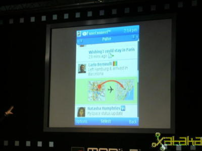 Yahoo! oneConnect, integración de mensajería y actividad