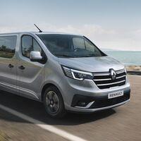 Nuevas Renault Trafic Combi y SpaceClass, dos furgonetas con hasta nueve plazas... o una cama de 1,90 metros