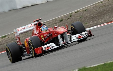 GP de Alemania F1 2011: Fernando Alonso tendrá a tiro a Sebastian Vettel en la salida