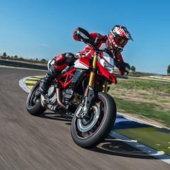 Foto 10 de 76 de la galería ducati-hypermotard-950-2019 en Motorpasion Moto