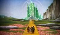 Tim Kring quiere matar a una Dorothy dictadora en su nuevo proyecto con CW