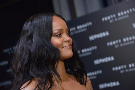 Rihanna presume de estrías y naturalidad en su último selfie, mandándonos todo un mensaje body-positive