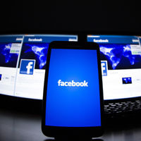 Sheryl Sandberg, COO de Facebook: no recopilar tus datos personales sería tener un Facebook de pago