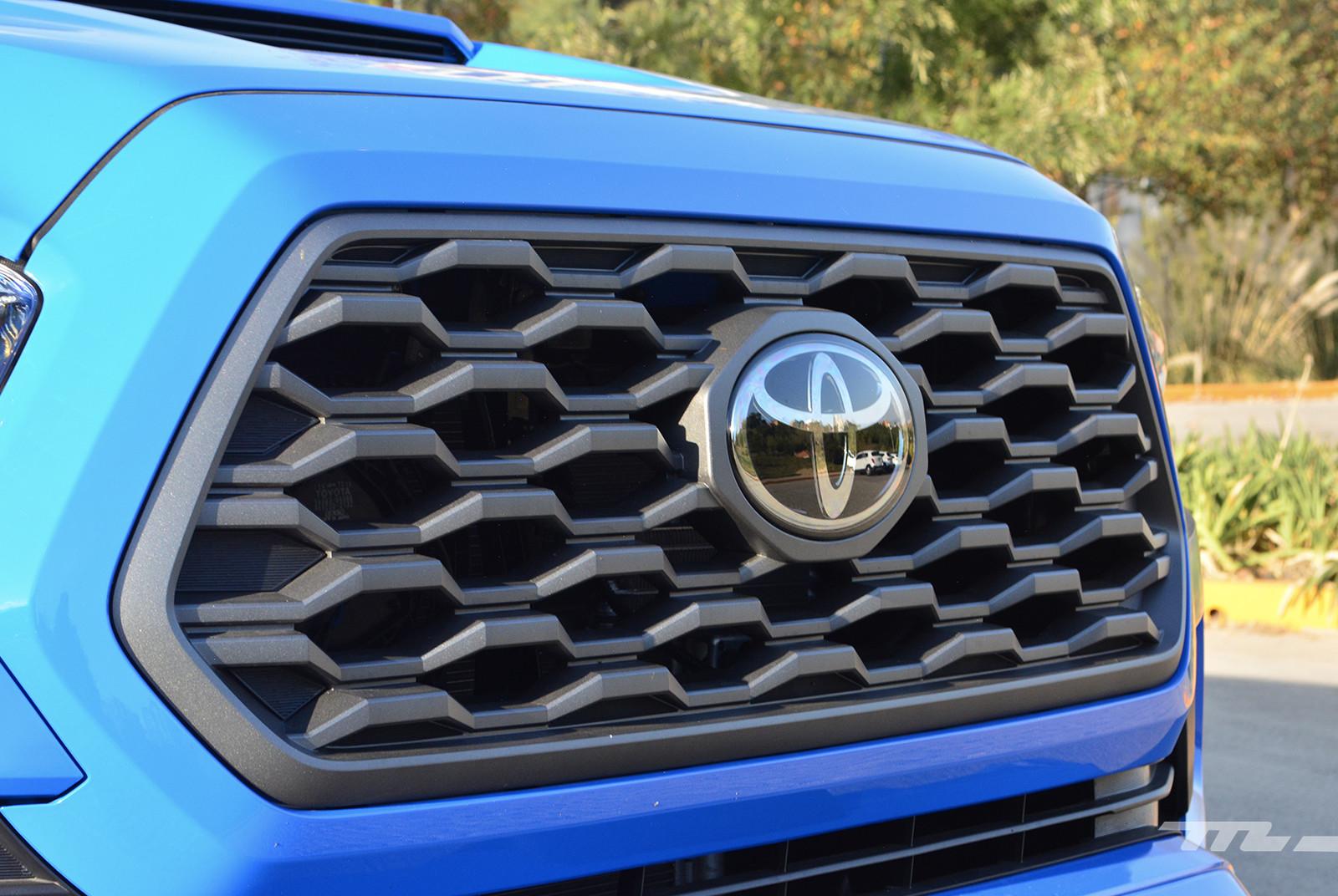 Foto de Toyota Tacoma 2020 (prueba) (12/29)