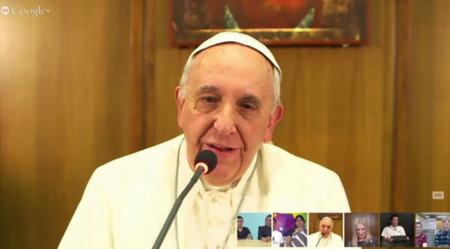 El Papa y su no uso de ordenadores: así es la brecha digital por edad en el uso de la tecnología