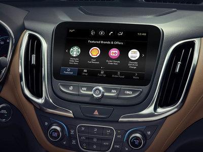 Nadie se lo pidió a General Motors, pero ahora puedes comprar café y donuts desde la consola de tu coche con Marketplace
