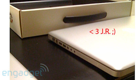14oct_macBookPro500.jpg