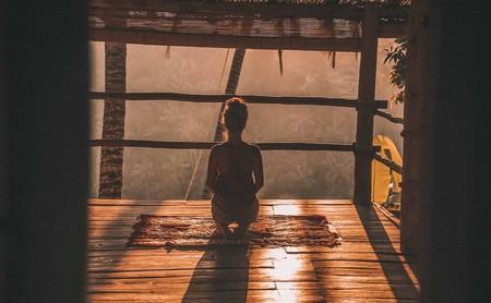 La ciencia detrás del yoga: así te ayuda a cuidar tu cuerpo y a mejorar tu salud