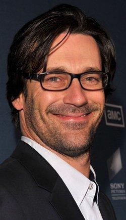 Jon Hamm con gafas