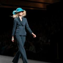 Foto 107 de 126 de la galería alma-aguilar-en-la-cibeles-madrid-fashion-week-otono-invierno-20112012 en Trendencias