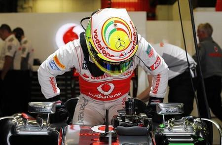Sergio Pérez lidera a los McLaren en Barcelona