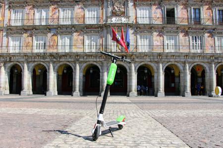 El Ayuntamiento de Madrid autoriza 8.160 patinetes de alquiler: Lime y Uber entran, Cabify queda fuera