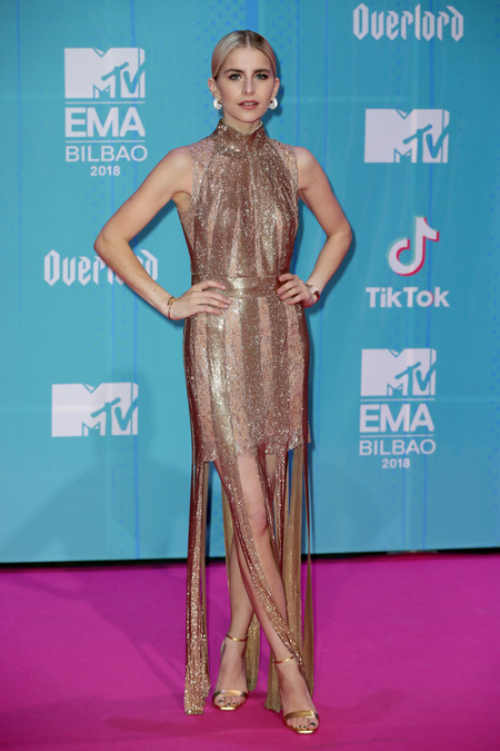 Caroline Daur red carpet mtv ema
