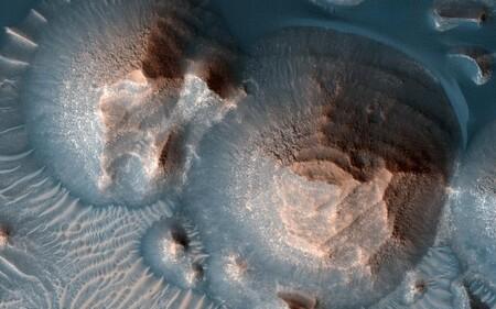 """Marte tuvo """"super erupciones"""" volcánicas: los más violentos sucesos geológicos registrados que incluso modificaron el clima del planeta"""