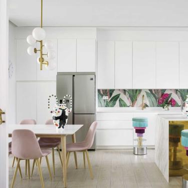 Paula Echevarría y Paula Ordovás se han decantado por las cocinas paneladas. Y te contamos el motivo