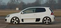 Convierte tu Golf en un GTI W12 Concept