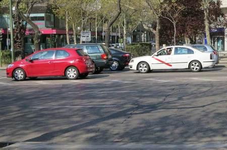 Ejemplo de una distancia de seguridad insuficiente a coche parado con el vehículo de delante