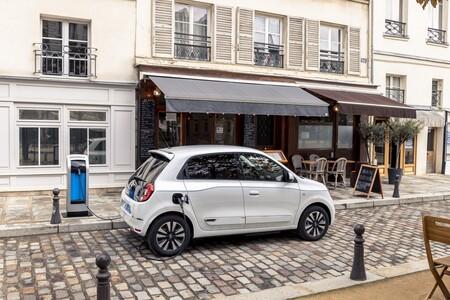 Renault Twingo Electric 2020 Cargando 2