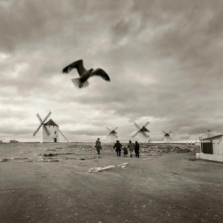 El fotógrafo de la Vuelta ciclista, exposiciones en el museo de Cristina García Rodero y mucho más: Galaxia Xataka Foto