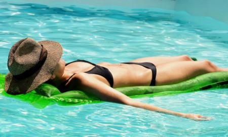 Empezar a tomar el sol desde mayo. Operación bikini