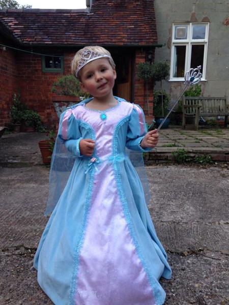 ¿Princesa o Ada Madrina? Siempre me lío