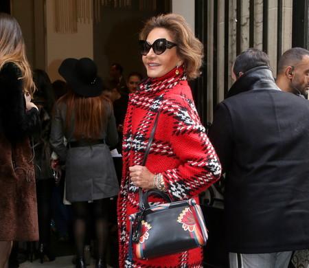 Naty Abascal triunfa en la Semana de la Moda de la Alta Costura con un abrigo que está al 60% de descuento