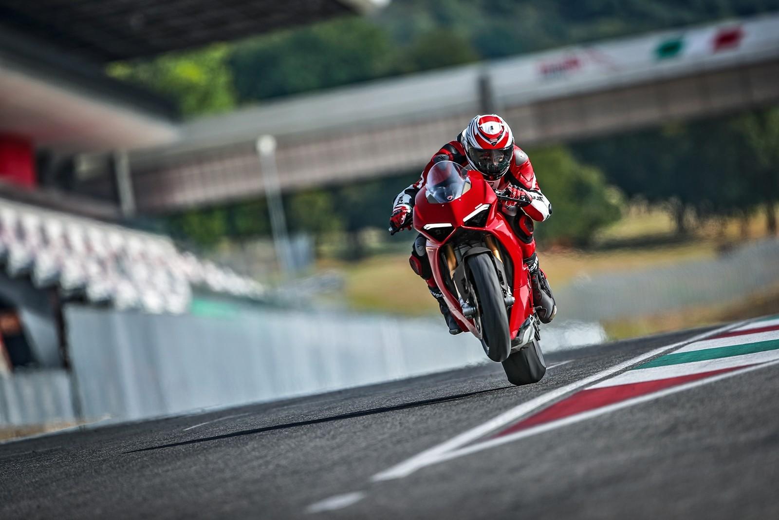 Foto de Ducati Panigale V4 2018 (33/52)