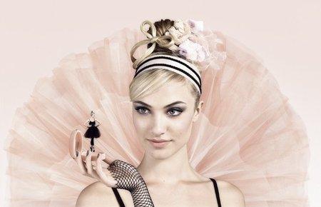 Bourjois quiere transformarnos en bailarinas en el verano 2011