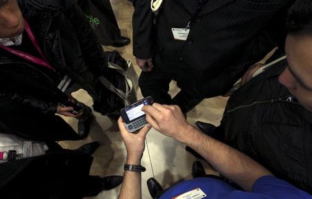 Nokia piensa en un teléfono que se cargue solo