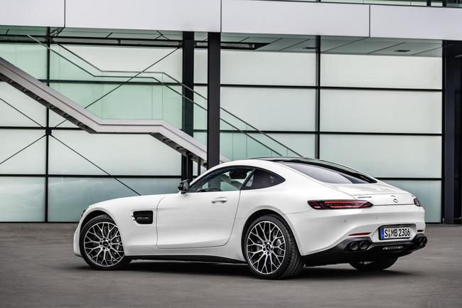 La familia Mercedes-AMG GT 2019 ya tiene precio en España: entre 160.300 y 209.100 euros