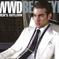 Chace Crawford guapo guapísimo en la revista WWD Beauty Biz