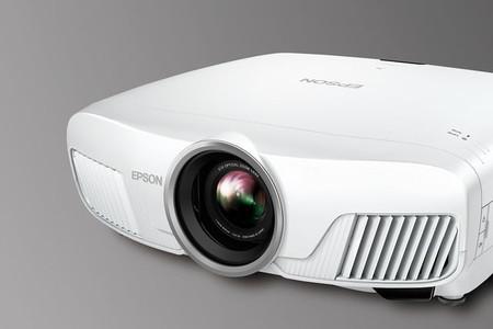 """Home Cinema 4000, el nuevo proyector """"barato"""" de Epson con resolución  """"4Ke"""""""