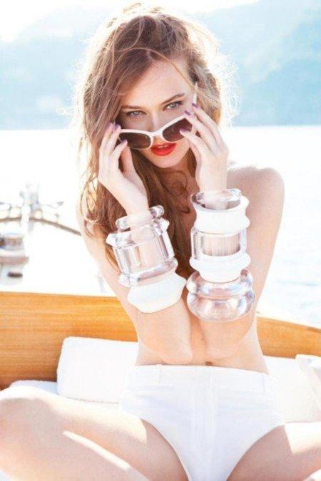 ¡Qué pena, sin Galliano! ¡Qué alegría, con Ellen Von Unwerth! Campaña de Dior Crucero