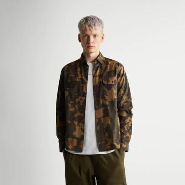 De rebajas y en tendencia: las camisas de Zara para fichar hoy y lucir en otoño por menos de 10 euros