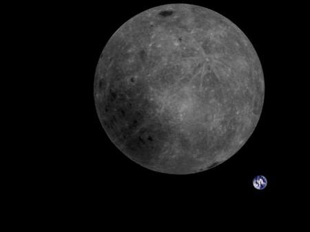 China consigue fotografiar por primera vez el lado oculto de la Luna con la Tierra de fondo