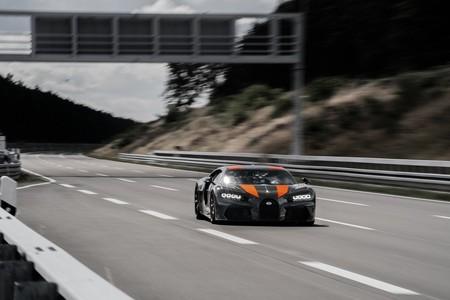 Record Bugatti Chiron 3