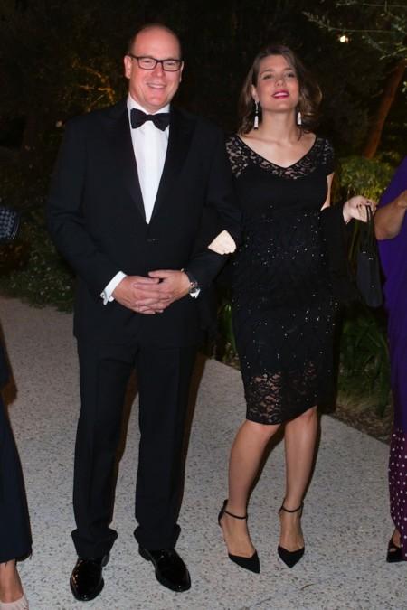 charlotte casiraghi embarazada vestido negro