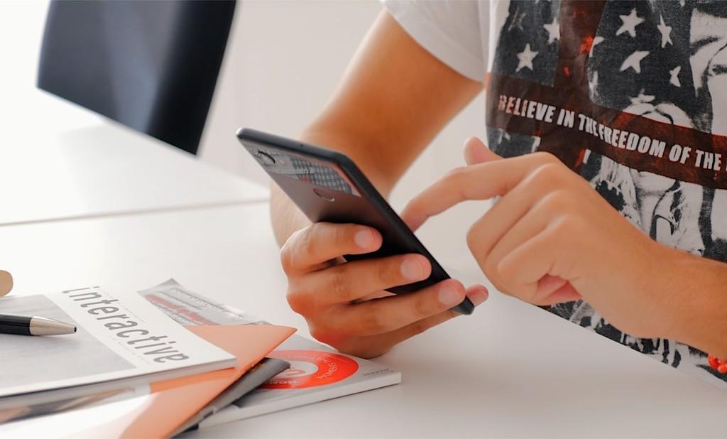 Google cambia su postura sobre los permisos de SMS y llamadas y eliminará aquellas apps que los utilicen sin motivo