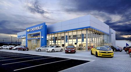 Los rodajes de Transformer le supieron a poco y Mark Wahlberg se compra un concesionario Chevrolet en Ohio