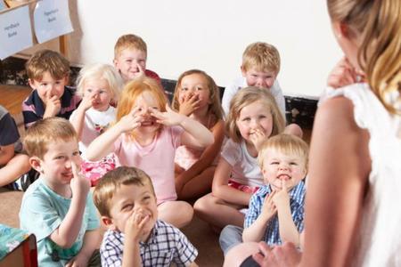 ¿Pedirías atrasar un curso la entrada al cole si tu hijo fuera prematuro?
