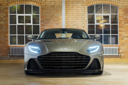 Aston Martin Dbs Superleggera 007 2