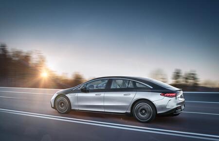 Mazazo a la autonomía del Mercedes-Benz EQS: el ciclo de homologación de EEUU le otorga 168 km menos que los anunciados en Europa