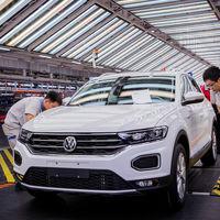 Volkswagen mantiene a raya a Toyota por la mínima como primer fabricante de coches a nivel mundial